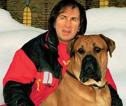 Актер, каскадер и кинолог Александр Иншаков о правильном воспитании собаки