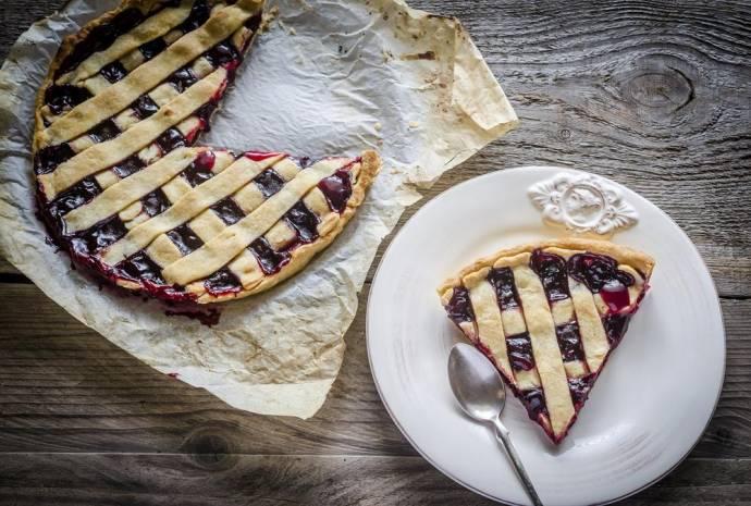 В Колорадо медведь залез в пекарню и полакомился вишневыми и яблочными пирогами